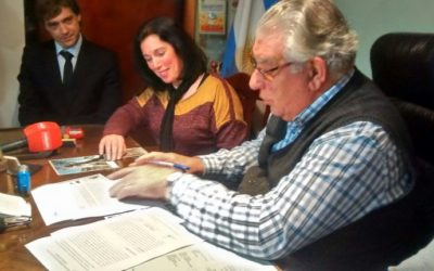 Firma de convenio de colaboración académica con el municipio de Capitán Sarmiento – 10 de junio 2016